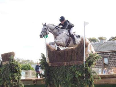 Vicky-Cole-Browne-P2P-equestrian-athlete-3