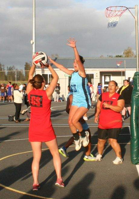 Fans can take shot at netball scheme