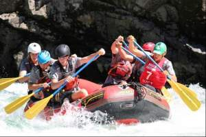 White-Water-Rafting-BayTrust-Schol